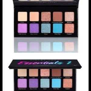 Violet Voss Essentials2 eyeshadow palette
